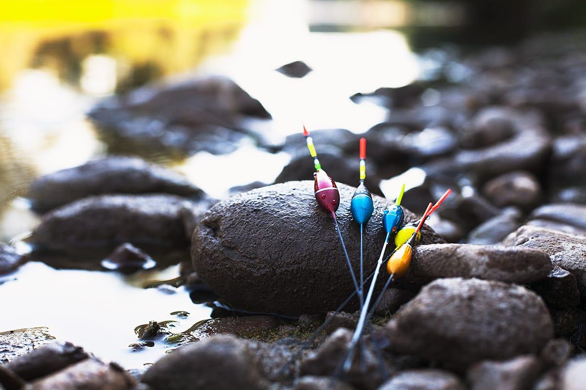 рекламна фотография на риболовни плувки